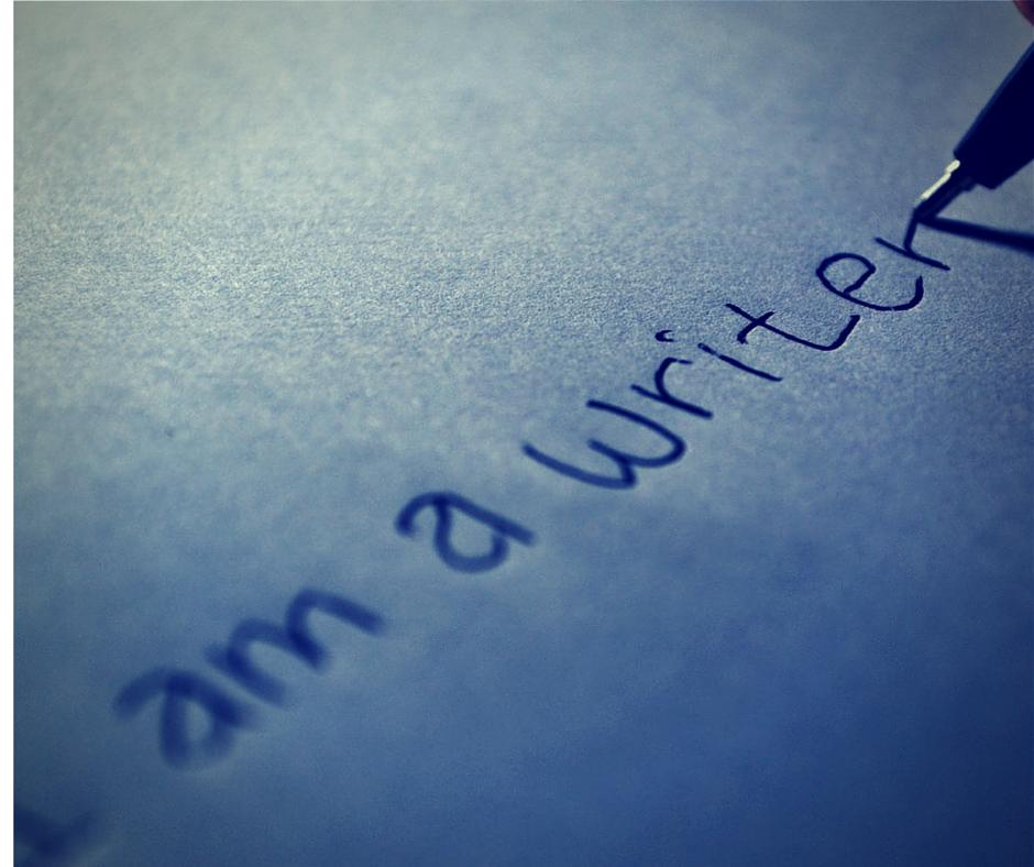 I Am A Writer - Narah Valenska Smith - Get Back On Track